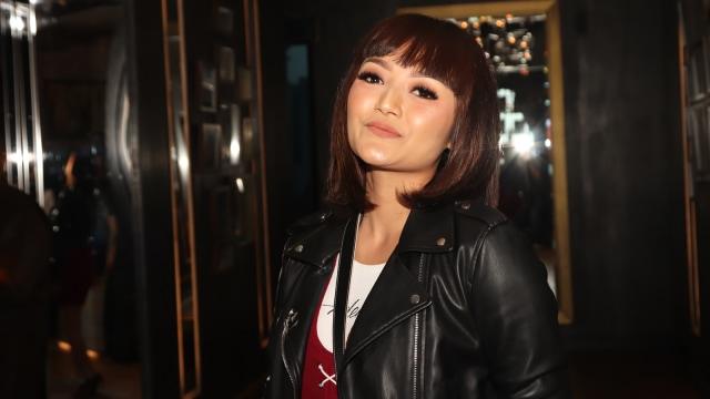 Polisi Temukan 1,95 Gram Sabu di Tas Milik Rekan Kakak Kandung Siti Badriah (23192)