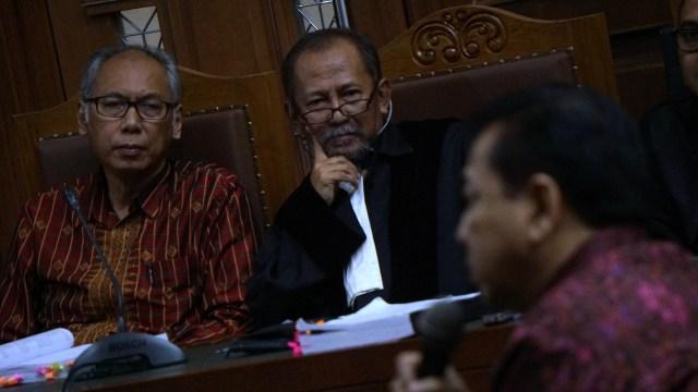 Setya Novanto bersaksi di sidang Bimanesh Sutarjo
