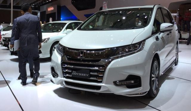 Rupiah Melemah Harga Mobil Cbu Honda Belum Naik Kumparan Com