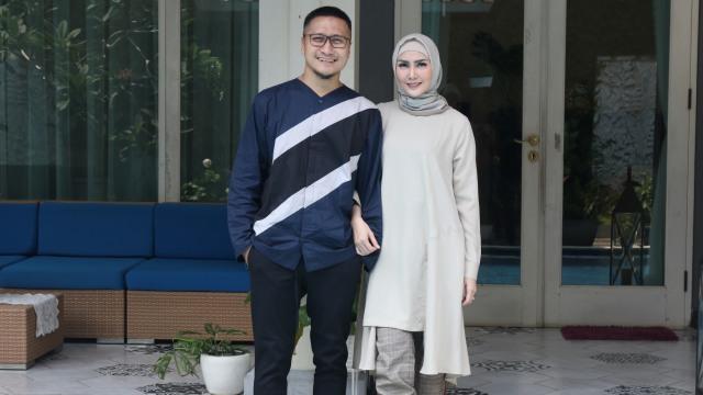Arie Untung: Selamat untuk Suami yang Bertahan dari Kecerewetan Istri Selama WFH (68151)