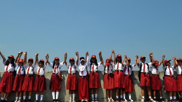 Hari Pendidikan Nasional di Jawa Barat.