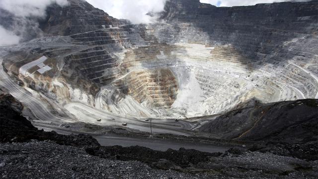 Tahun Depan Freeport Mulai Setor Dividen, Tapi BUMD Papua Belum Juga Terbentuk (29221)