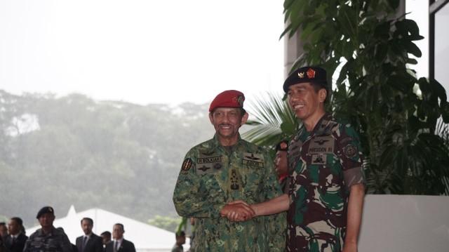 Jokowi dan Sultan Bolkiah kunjungi Mabes TNI.
