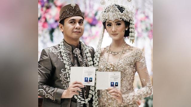Raditya Dika dan Anissa Aziza Resmi Menikah (317014)