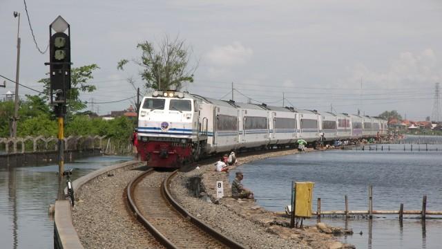 PT KAI Daop VI Yogya Siapkan 7 Kereta Tambahan Hadapi Mudik Lebaran (38540)
