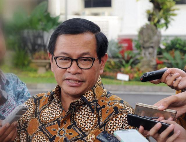 Pramono Anung Kumpulkan 9 Sekjen Partai Pengusung Jokowi (101446)