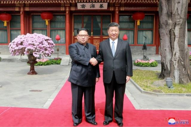 Xi Jinping bertemu Kim Jong-un
