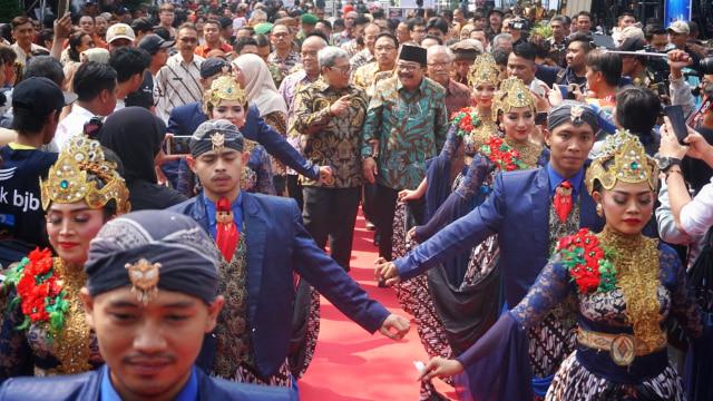 Balada Jalan Majapahit dan Hayam Wuruk di Bandung (50065)
