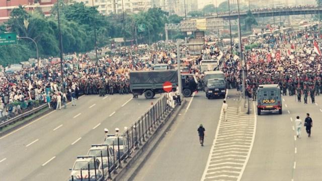 Aksi Long March Mei 1998