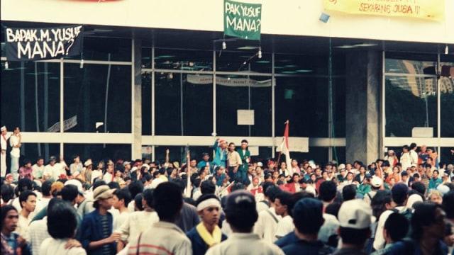 Beda Sikap Masyarakat pada Demo Mei 1998 dan Mei 2019 (41049)