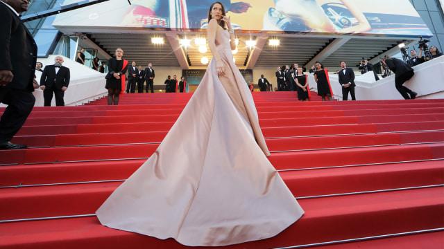 Cannes - Bella Hadid