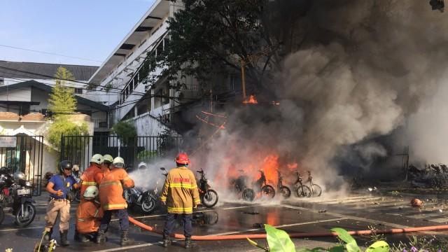 Ledakan bom di Gereja Surabaya