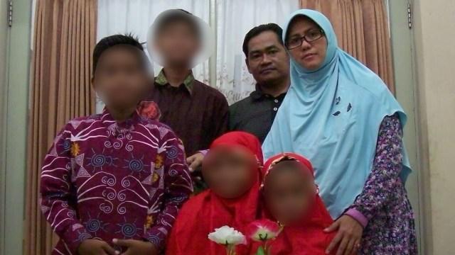 Keluarga bomber tiga gereja Surabaya