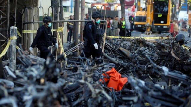 Teror Surabaya: Pelajaran Seharga Nyawa (284616)