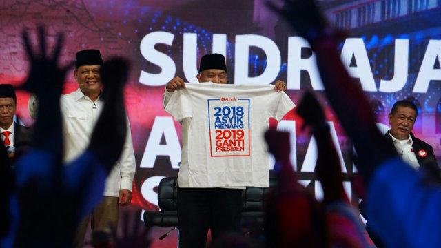 Kaos 2018 asyik Menang 2019 Ganti Presiden
