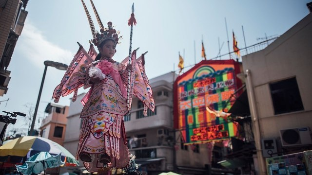 Festival Cheung Chau Bun di Hong Kong