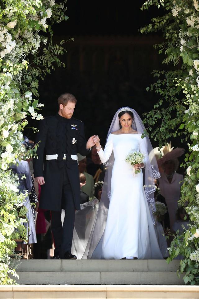 Pilih Mana: Gaun Pengantin Kate, Meghan, atau Putri Eugenie? (78840)