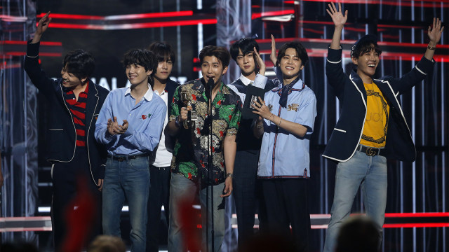 BTS Kembali Raih Gelar 'Top Social Artist' di Billboard Music Awards (832042)