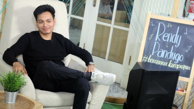 Rendy Pandugo Rilis '7 Days', Kisah Jatuh Bangun Hubungan Pasangan (43741)