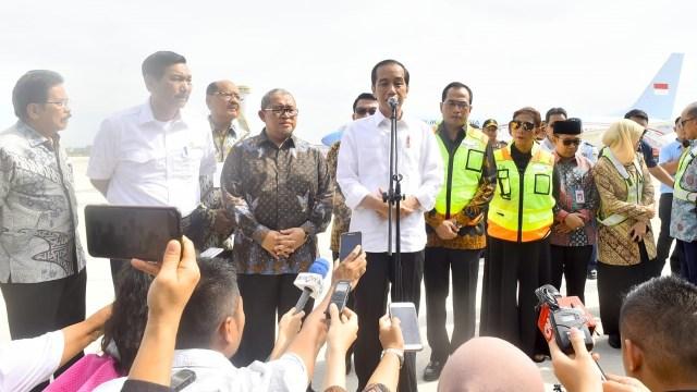 Pendaratan resmi pertama di Bandara Kertajati