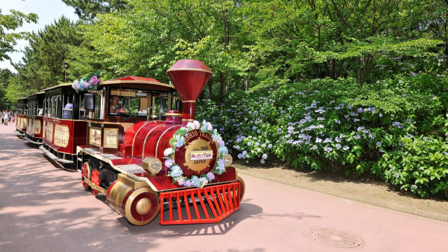 Hydrangea Train di Hakkeijima Sea Paradise