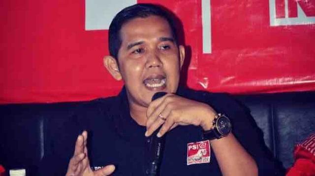 Munculnya Baliho Tsamara Amany sebagai Capres 2024 di Sumatera Barat (5870)