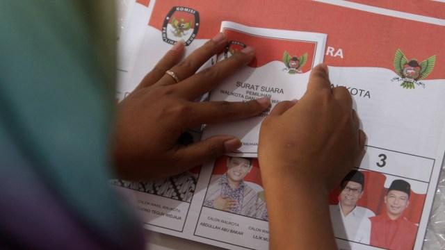 Jasa lipat surat suara Pilkada