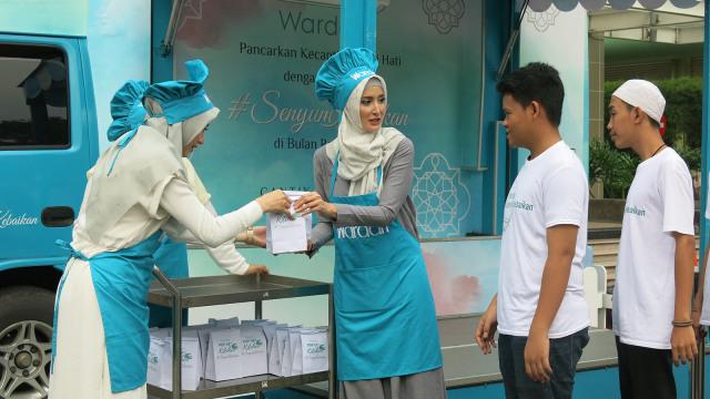 Wardah Ajak 300 Anak Yatim Buka Puasa Bersama di Ramadhan 2018 (339083)