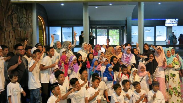 Wardah Ajak 300 Anak Yatim Buka Puasa Bersama di Ramadhan 2018 (339082)