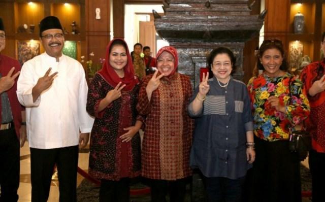 HUT Surabaya ke-725, Gus Ipul-Puti: Bu Risma Makin Moncer (28604)