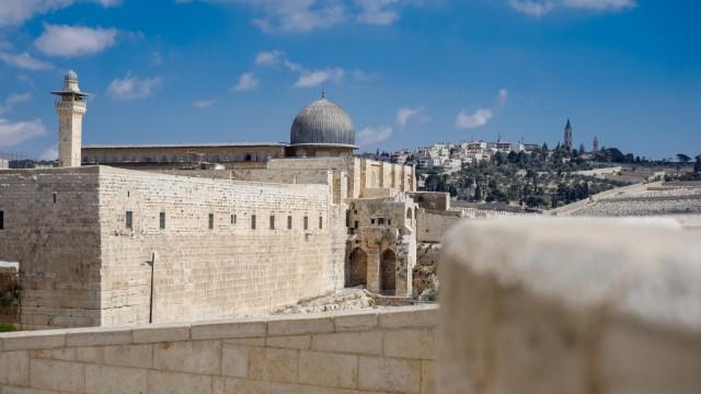 Masjid Al-Aqsa hingga Bukit Zaitun, 5 Wisata yang Menarik di Yerusalem (353120)