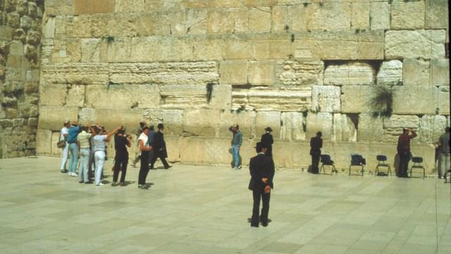 Masjid Al-Aqsa hingga Bukit Zaitun, 5 Wisata yang Menarik di Yerusalem (353123)