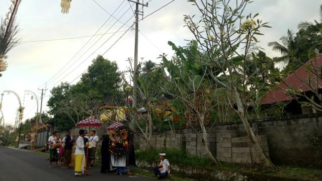 Ngelawang di Bali