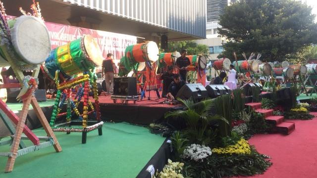 Festival bedug di Balai Kota