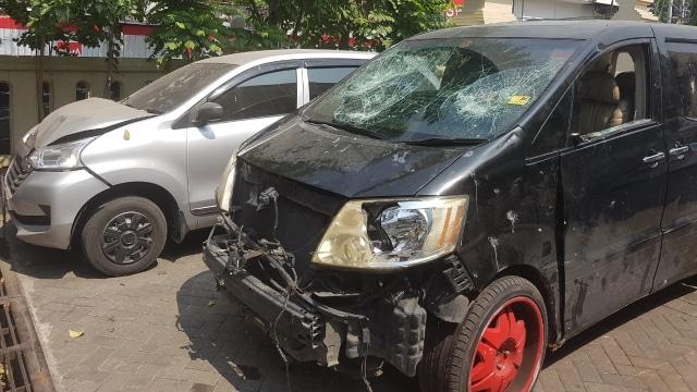 Kondisi mobil mewah Alphard milik Hartono