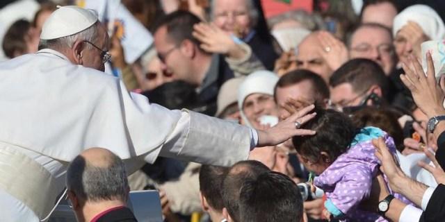 Paus Fransiskus: Saya Merasa Malu Tidak Mendengarkan Pelecehan di Chili (263330)