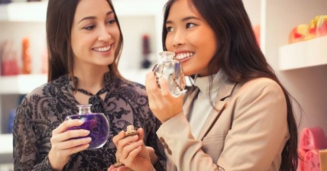 Tips Berbelanja Parfum  (16847)