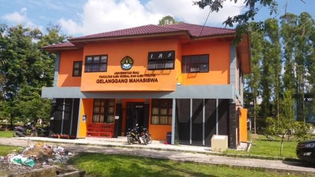 Barang bukti penggerebekan teroris di Pekanbaru