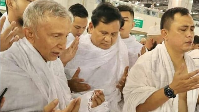 Amien Rais dan Prabowo di Mekkah