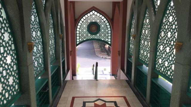 Bernostalgia di Masjid 'Lorong Waktu' (95439)