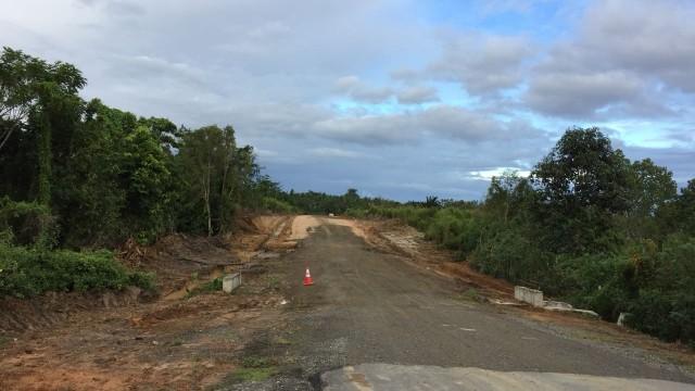Jalur Trans Maluku di Pulau Seram.