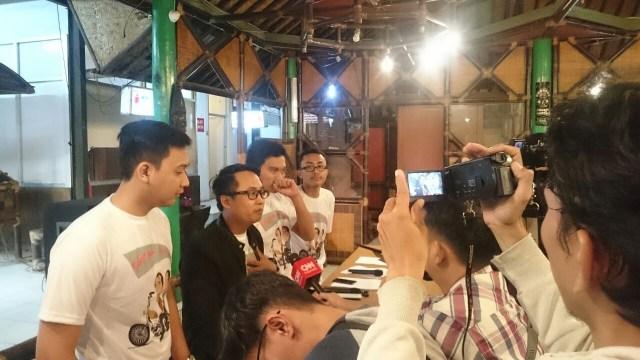 Kelompok Relawan Deklarasikan Dukungan untuk Jokowi-CT di 2019 (113612)