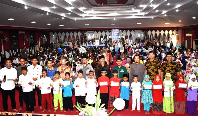 Mitra Ummat Madani - Unbrah Padang Buka Bersama Seribu Anak Yatim dan Dhuafa (350751)