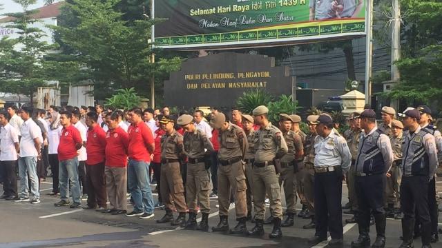 Apel Operasi Ketupat, Kapolres Jaksel Ingatkan Jaga Kantor Polisi (96175)