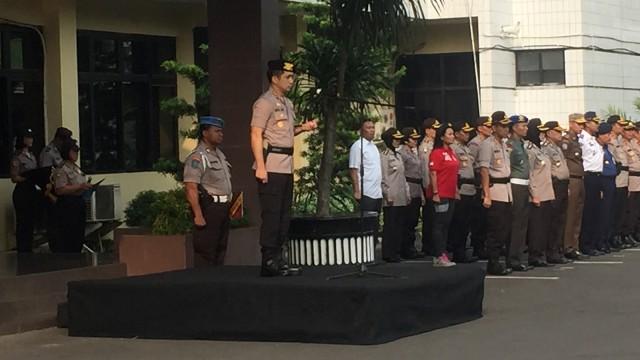 Apel Operasi Ketupat, Kapolres Jaksel Ingatkan Jaga Kantor Polisi (96174)