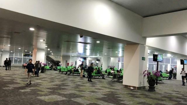 Suasana Terminal Baru Bandara Ahmad Yani di Hari Pertama Beroperasi (188591)