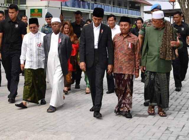 Joko Widodo saat kunjungan kerja
