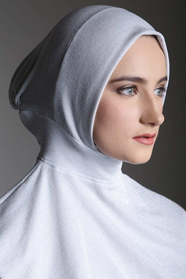 Rekomendasi kumparan: 5 Inner Hijab yang Tidak Panas saat Dipakai (13627)