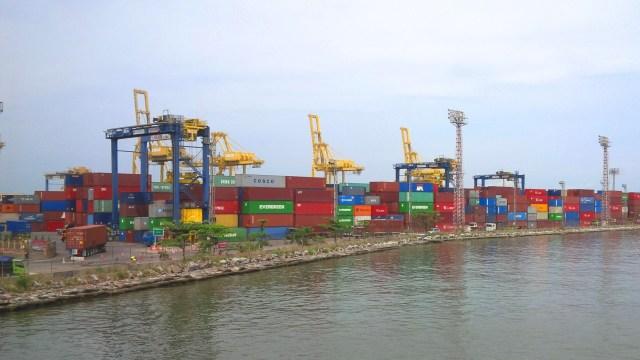 Kerja Sama Pelindo III - KAI Diharapkan Bisa Tekan Biaya Logistik (12771)