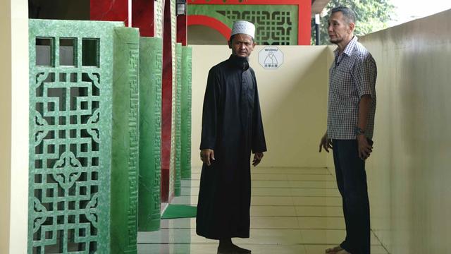 Waketum MUI Tanggapi Dugaan Pemerasan Bank Syariah yang Dikeluhkan Jusuf Hamka (49184)